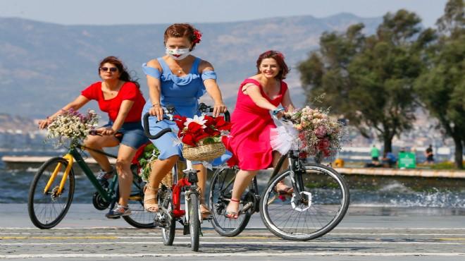 'Süslü Kadınlar'dan bisiklet turu