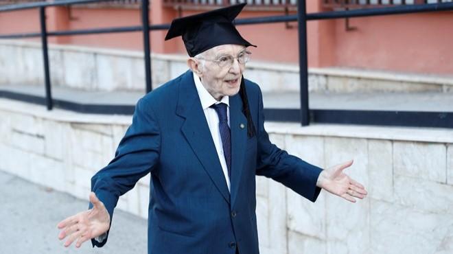 96 yaşında üniversiteden mezun oldu