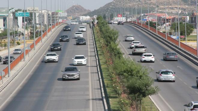 Afyon'da bayram dönüşü trafiği
