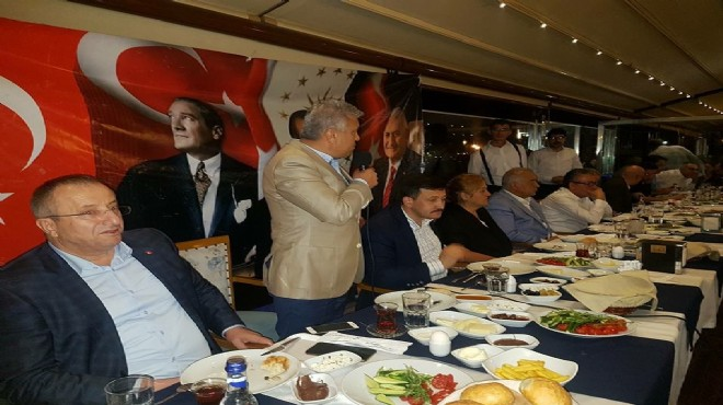 AK Parti Karşıyaka iftar sofrasında buluştu