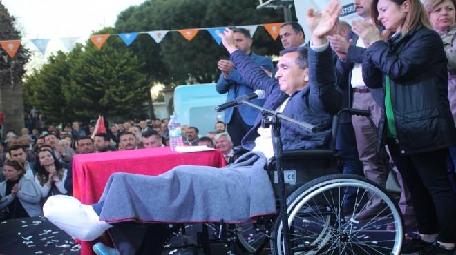 AK Parti Selçuk Adayı Başterzi'den tekerlekli sandalye ile miting