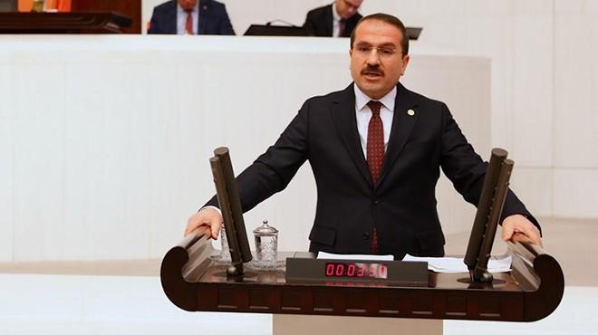 AK Partili Kırkpınar'dan Soyer'e 'ayak oyuncusu' göndermesi!
