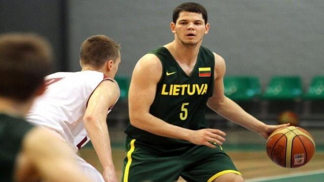 Akhisar Belediyespor'a Litvanyalı guard
