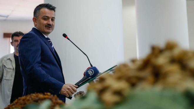 Bakan Pakdemirli'den İzmir'de mesajlar: Tarımda milli markamızın olması lazım