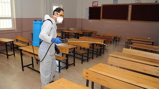 Balçova'da ilk zil öncesi dezenfeksiyon