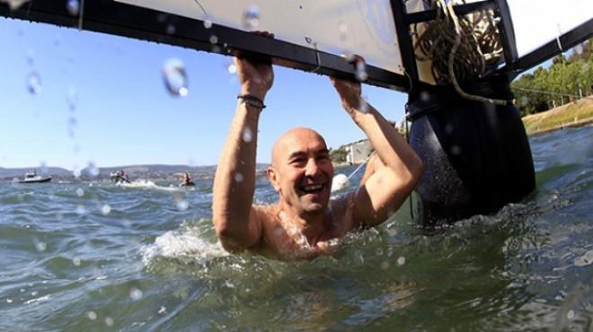 Başkan Soyer'den 'körfez' mesajı: Temizleyip Konak'tan Karşıyaka'ya yüzeceğim!