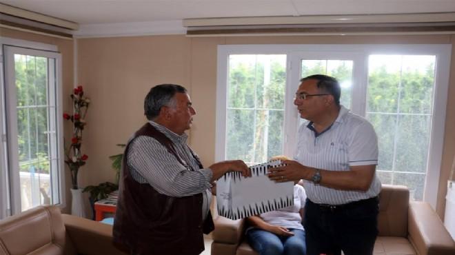 Bayındır Belediye Başkanı Sesli'den Babalar Günü Ziyaretleri