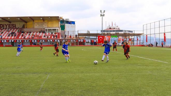 Bayraklı'da 23 Nisan'a geri sayım: Anlamlı turnuva