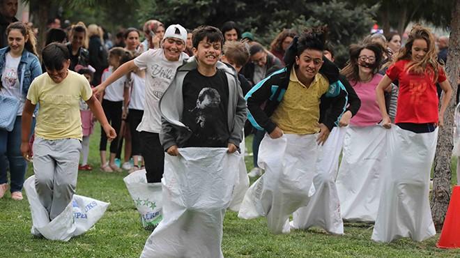 Bayraklı'da babalar ve çocukları yarışacak
