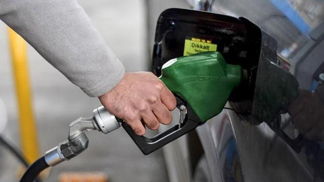 Benzin fiyatlarında bir indirim daha!
