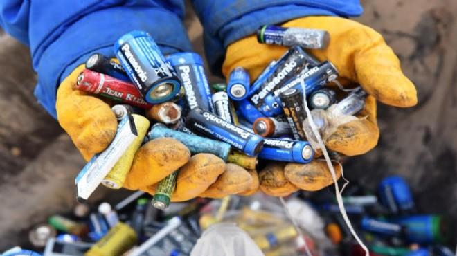 Bornova 'atık pil toplama'da yeni rekora koşuyor