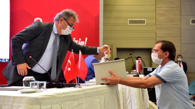 Bornova'da üç ay sonra ilk meclis: Komisyonlar ve encümende kimler yer aldı?