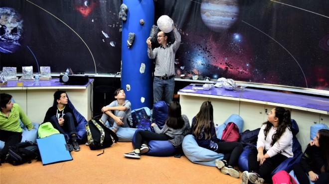 Bornova'nın Dost Bilim Evi'nde güz dönemi