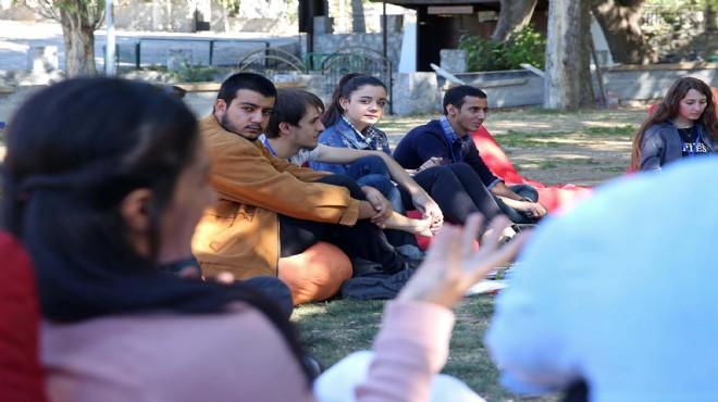 Buca'da öğrenciler 'çevrenin geleceği' için buluştular