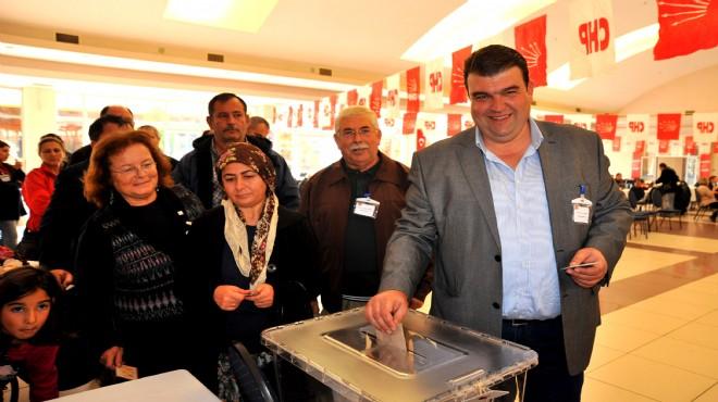 CHP İzmir'de sürpriz: O ilçe başkanı da istifa kararı aldı!