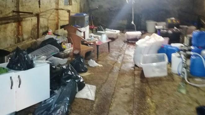 Çiftlik evinde üretilen 1 ton nargile tütünü ele geçirildi