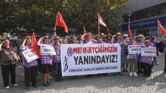 Cumhuriyet Kadınlar'dan Mehmetçiğe destek!