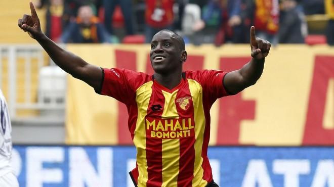 Demba Ba, Galatasaray maçına oruçlu çıkacak