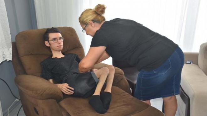 DMD hastası Hasan, solunum destek cihazı bekliyor