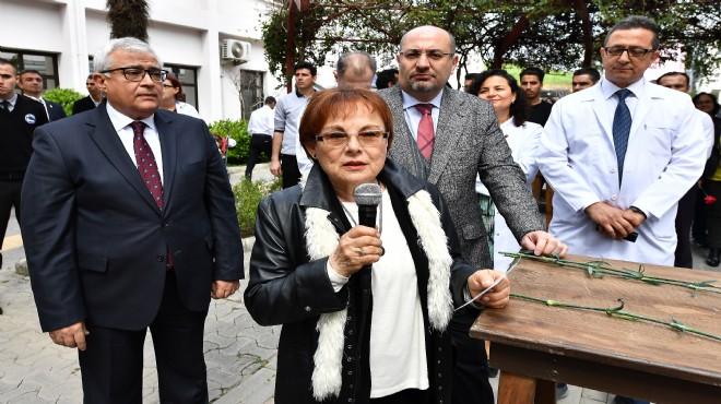 Dr. Türkegül Kocaoğlu'ndan Tıp Bayramı mesajı: 15 yıldır göğsümüzü kabarttınız