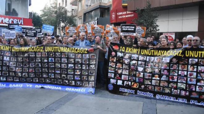Gar Katliamı'nda can veren 103 kişi İzmir'de unutulmadı