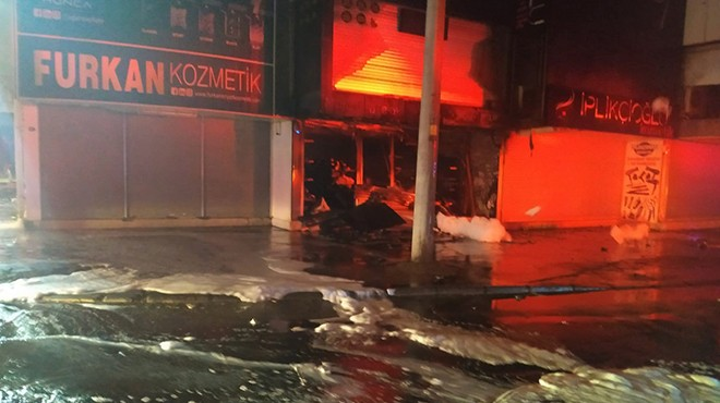 Gıda Çarşısı'nda yangın paniği!
