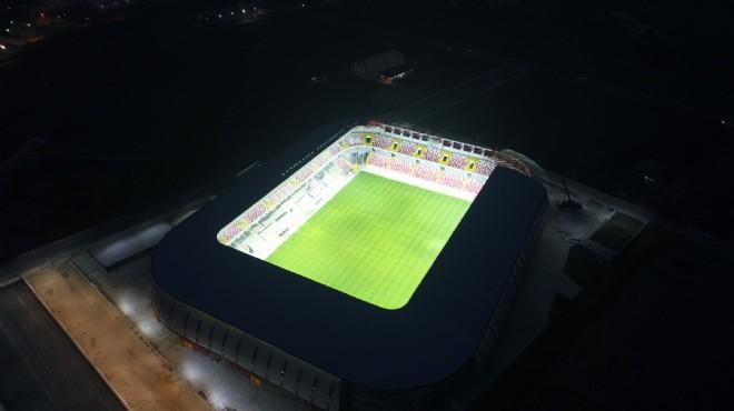 Göz kamaştırıyor... İzmir'in yeni futbol mabedi
