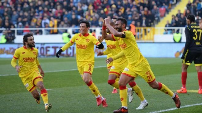 Göztepe'de gelecek sezona hazırlık: 3 isim...