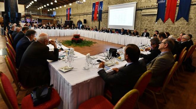 Gündem: Ekonomi... Masada 'İzmir' vardı