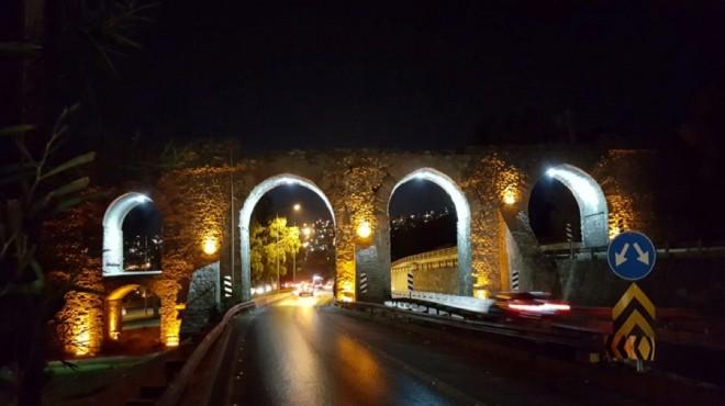 Hırsızlar İzmir'in tarihi kemerlerini yine kararttı!