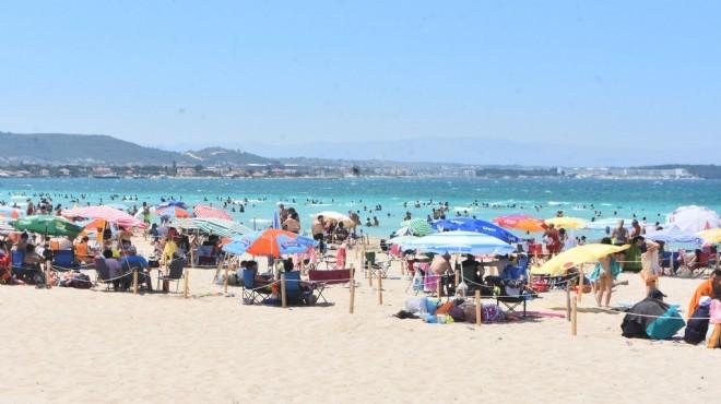 Ilıca plajı tıka basa!