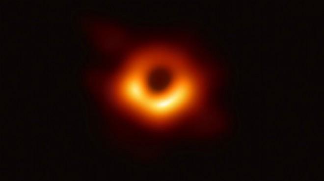 İlk kez görüntülenmişti... Kara deliğin ismi belli oldu