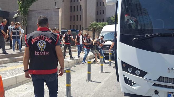 İzmir Adliyesi karıştı! 26 avukata gözaltı