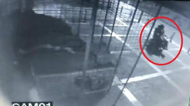 İzmir'de akülü arabayla hırsızlık: Marketi soyup soğana çevirdi!