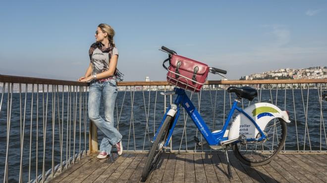 İzmir'de bisiklet devrimi: Milyonları aştı!