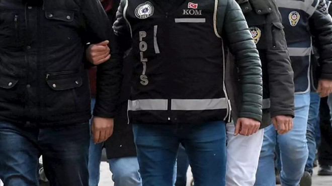 İzmir'de düğmeye basıldı: FETÖ'nün askeri yapılanması çökertildi!