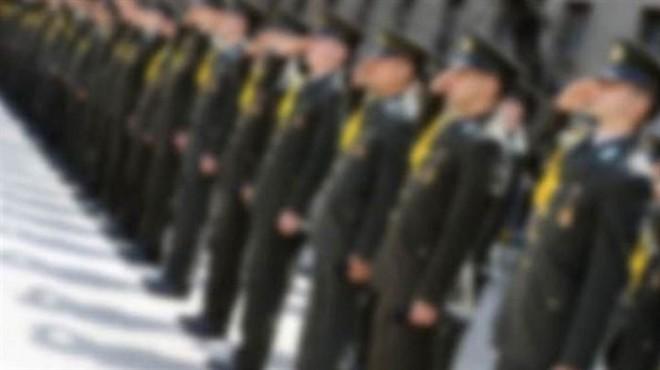 İzmir'de flaş operasyon: 13 askere gözaltı!