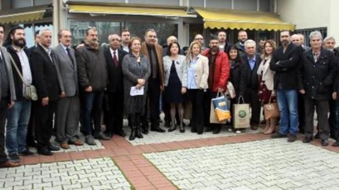 İzmir'de gazeteciler ve üreticilerden işbirliği