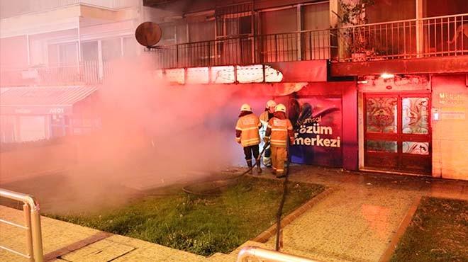 İzmir'de işyeri yangını... Alevler içinde kaldı