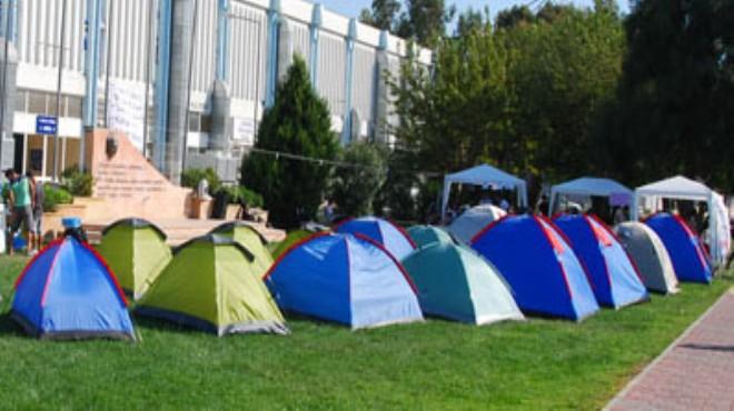 İzmir'de özel yurt fiyatları da uçtu: Öğrenciler çadırda mı yaşasın?