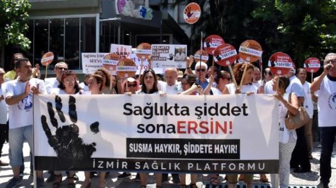 İzmir'de, sağlık çalışanlarına şiddet kınandı