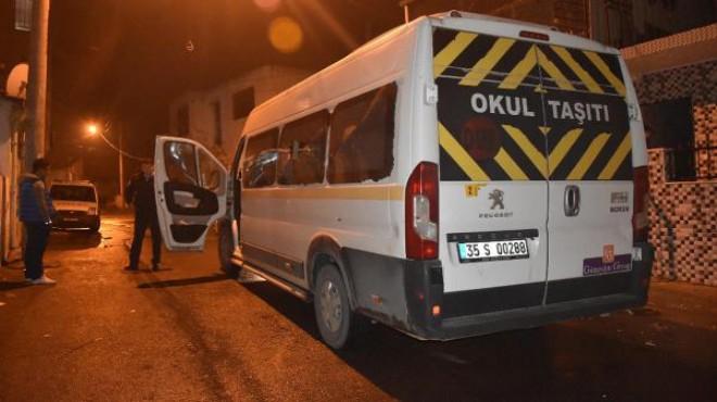 İzmir de servis minibüsüne silahlı saldırı: 16 yaşında katil oldu!