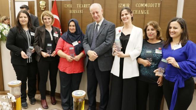 İzmir'de 'Toprağın Kadınları' ödüllendirildi