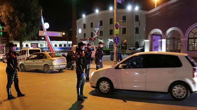 İzmir'de yasağı delen 810 kişiye ceza!