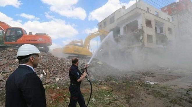 İzmir'deki kentsel dönüşüm için kritik 'asbest' uyarısı!