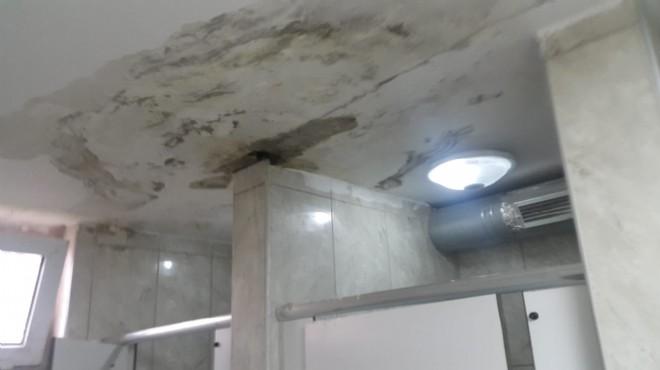 İzmir'deki tuvaletleri akan o hastanede tamirat zamanı!