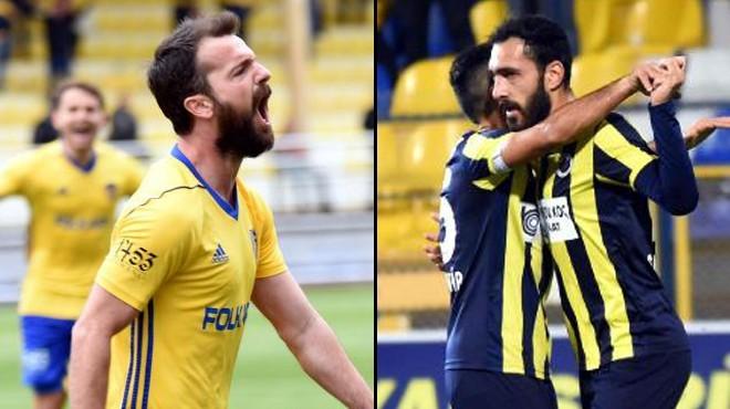 İzmir derbisinde sahne golcülerin