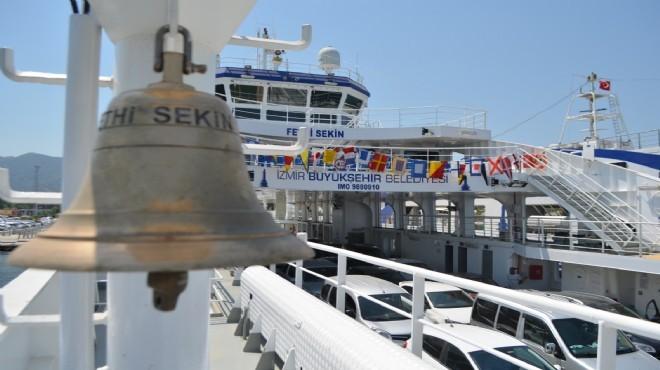İzmir'e çok yakıştı: Fethi Sekin vapuru yola çıktı