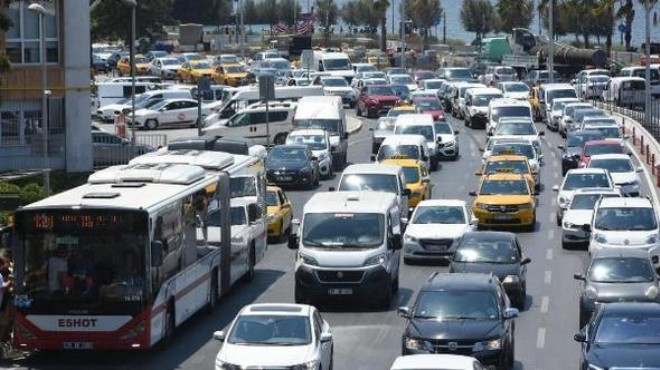 İzmir için alarm: İşte trafikteki araç sayısı!