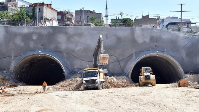 İzmir'in en uzun karayolu tünelinde inşaat durdu! Soyer'den açıklama geldi